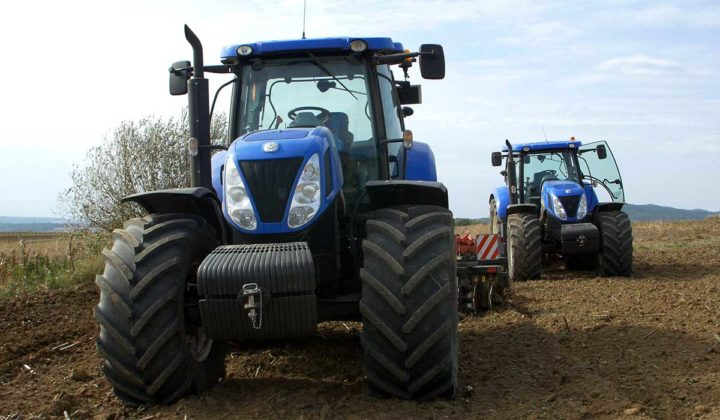Agrosaveti - Stoti New Holland traktor - 02