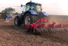 Agrosaveti - Stoti New Holland traktor - 06