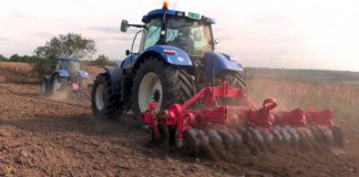 Agrosaveti - Stoti New Holland traktor - 06