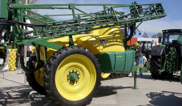 Agrosaveti - John Deere mehanizacija u Srbiji 04