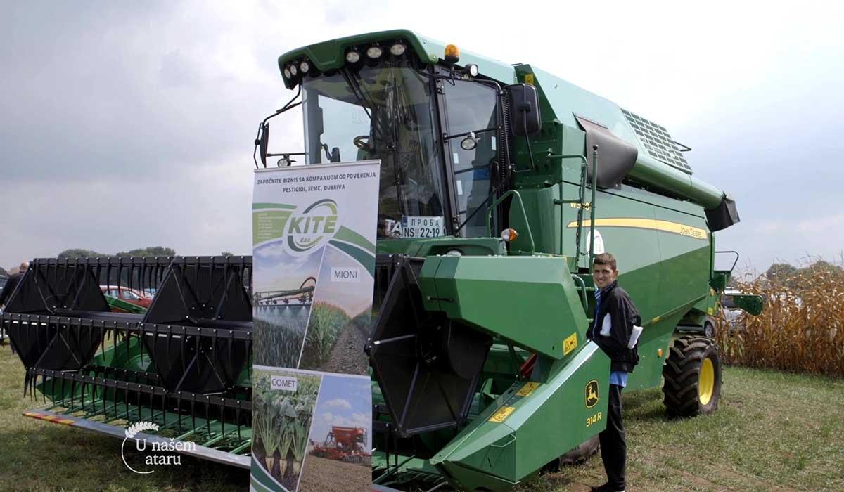 Agrosaveti - 100 godina John Deere traktora 02
