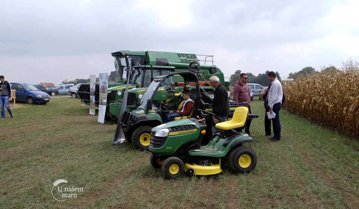 Agrosaveti - 100 godina John Deere traktora 03