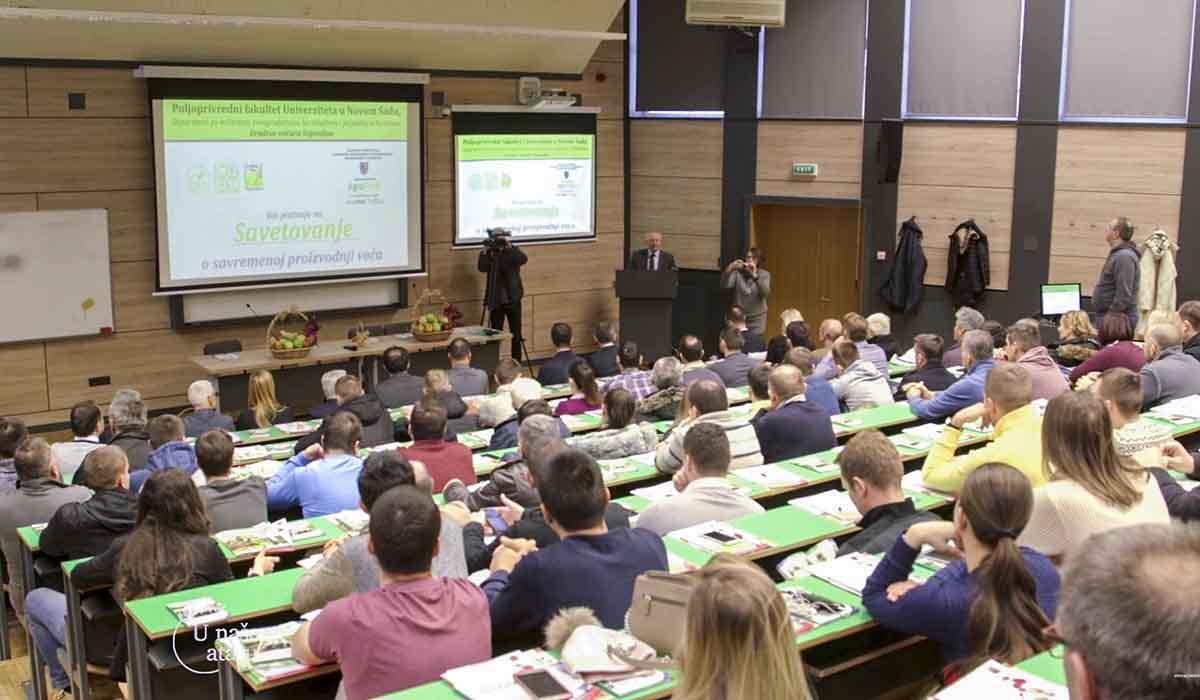 Agrosaveti - Savetovanje voćara u Novom Sadu 01